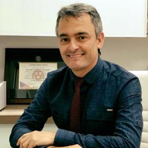 Dr. Paulo Sérgio Valadão